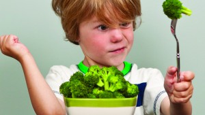 iron deficiency kid eating broccoli_0
